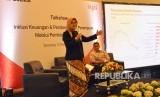 BTPN Syariah bersama Republika menggelar talkshow bertajuk 'Inklusi Keuangan dan Pemberdayaan Perempuan melalui Pembiayaan Syariah' di RM Rodjo Semarang, Rabu (15/11). Talkshow menghadirkan pembicara Direktur BTPN Syafiah, Ratih Rachmawaty, Direktur Eksekutif Center of Reform in Ecinomics (CORE) Indonesia, Hendri Saparini dengan moderator Pemred Republika Online (ROL), Elba Damhuri.