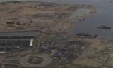 Foto udara proyek reklamasi Teluk Jakarta, Selasa (15/11).