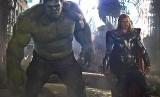 Hulk dan Thor dalam film Avengers