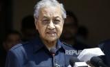 Warga Malaysia Galang Dana untuk Bantu Utang Negara