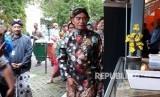 Menteri Pendidikan dan Kebudayaan Muhajir Effendy melakukan peninjauan stand dalam Pekan Pendidikan Jogja  yang diselenggarakan UPT Kemrndikbud se DIY di Museum  Benteng Vredeburg  Yogyakarta, Sabtu sore (21/4).