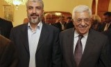 Palestinian Hamas leader Khaled Mashaal (left) and Palestinian President Mahmoud Abbas (file photo)