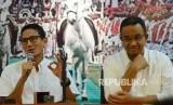 Pasangan calon Gubernur dan Wakil Gubernur DKI Jakarta Anies Rasyid Baswedan (kanan).