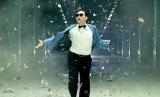 Psy dengan Gangnam Style-nya.
