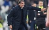 Reaksi pelatih Palermo, Diego Luis Lopez pada laga Serie A lawan Juventus di J-Stadium, Sabtu (19/2) dini hari WIB. Palermo kalah 1-4.