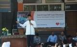 Ustaz Abdul Somad dalam halal bi halal di SMP Juara Pekanbaru.