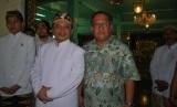 Wamen Parekraf Sapta Nirwandar bersama Sultan Sepuh XIV Keraton Kasepuhan Cirebon PRA Arief Natadiningrat S
