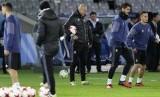 Zinedine Zidane (tengah) dalam suatu sesi latihan Real Madrid.