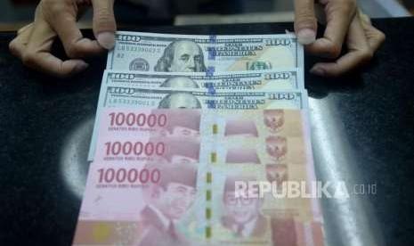 Menguat, Rupiah Ditutup di Level Rp 14.800 per Dolar AS