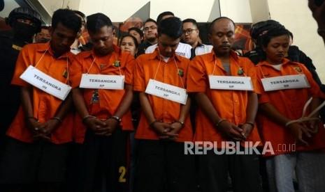 Rekonstruksi Kasus Pengeroyokan TNI Menyisakan Pertanyaan