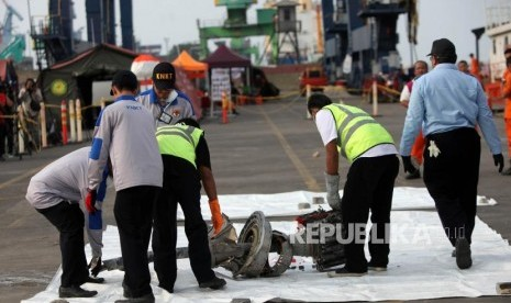 Jenazah Kakak Adik Korban Lion Air Tiba di Bangka