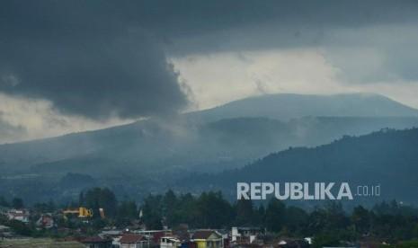 Banjir, Longsor dan Pohon Tumbang Terjadi di Lembang