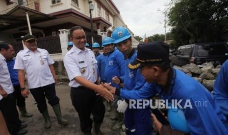 Antisipasi Banjir, DKI Siapkan Ribuan Pasukan Biru