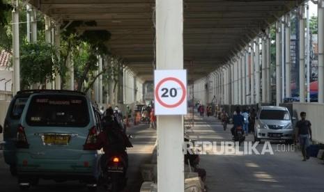 Kembali Dibuka, Sisa Galian Masih Berserak di Jalan Jatibaru