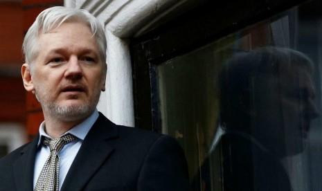 Julian Assange Didesak Tinggalkan Kedubes Ekuador di London