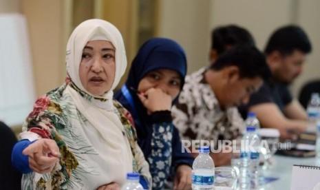 Kisahkan Kesengsaraan di Kamp Cina, Muslimah Uighur Menangis