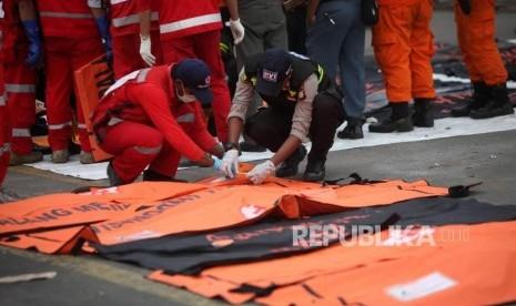 RS Polri Terbitkan Sertifikat Kematian WNA Korban Lion Air