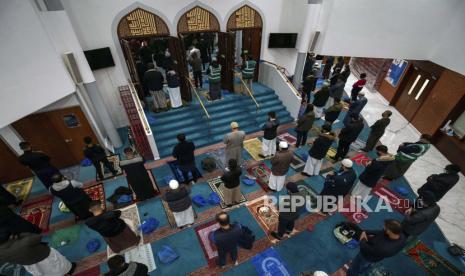 Sejarah Panjang Komunitas Muslim di Inggris