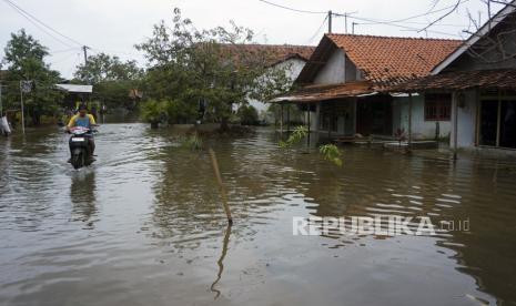 Banjir dengan ketinggian 80 sentimeter merendam rumah warga di Aceh Timur (Foto: ilustrasi)