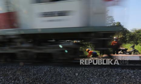 Mobil dan KA Alami Kecelakaan di Padang thumbnail