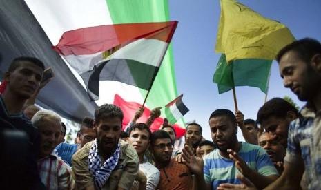 Hamas Bersedia Pulihkan Persatuan Palestina dengan Fatah