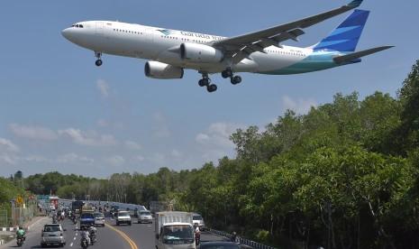 YLKI Sarankan Kenaikan Tarif Pesawat Bertahap