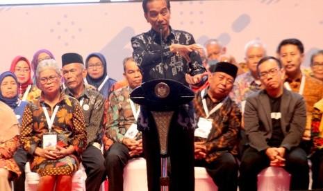 Ditanya Kesiapan Debat Capres, Jokowi: Mantul