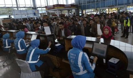 Gubernur Lampung: Mudik Lokal Boleh Asal Kondisi Sehat thumbnail