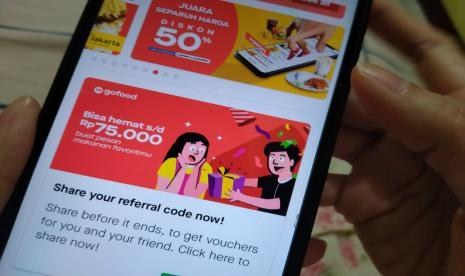 Ekonom: Investasi Telkomsel di Gojek Perkuat Bisnis Digital   Republika  Online