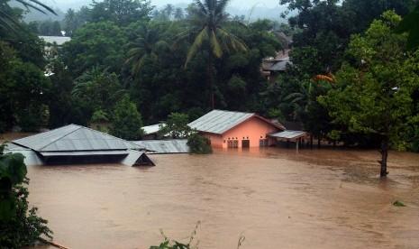 Polisi Selidiki Keterlibatan Manusia Sebabkan Banjir Sumbar
