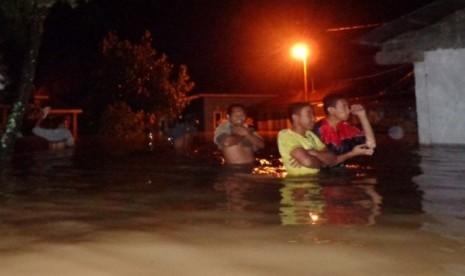 ACT Dirikan Dapur Umum untuk Korban Banjir Sumbar