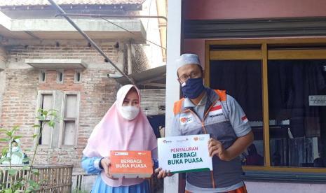 BMTA Telkom Akses Gandenh Rmah Zakat Bantu Makan Gratis