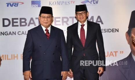 Komentar Pengamat Mode Soal Busana Prabowo-Sandi Saat Debat