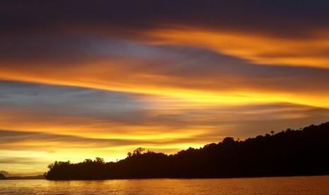 Tnll Buka Kembali Wisata Danau Tambing Republika Online