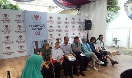 Prabowo Terbitkan Buku untuk Penyandang Tunanetra