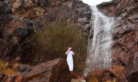 Sisi Lain Hujan Guyur Wilayah Madinah, Eksotik!