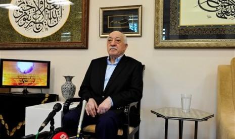 Trump akan Mengekstradiksi Fethullah Gulen