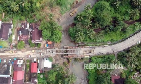 Jalur Padang-Bukittinggi Putus, BBM Dialihkan Lewat Solok