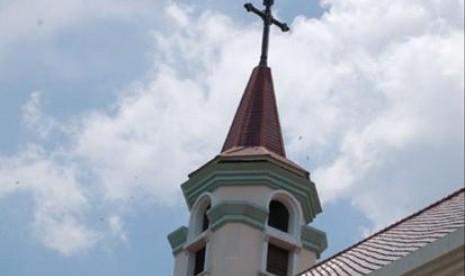 Mengapa Muslim di Nashville Laksanakan Sholat di Gereja?