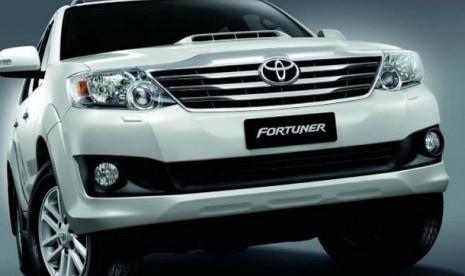 Toyota Yakin Fortuner Pimpin Pasar SUV