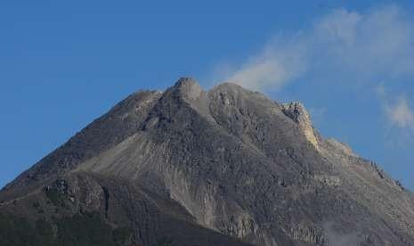 BPPTKG: Kubah Lava Gunung Merapi Masih Tumbuh