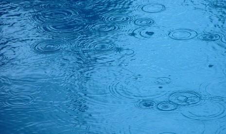 Waspada Hujan Lebat dan Angin Kencang di Lampung