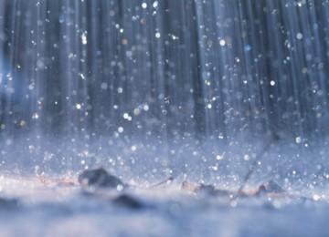 'Alhamdulillah Hujan, Berkah.. Berkah...'