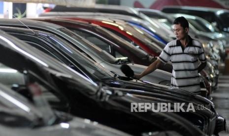 pedagang mobil bekas palembang pembayaran luar negeri forex