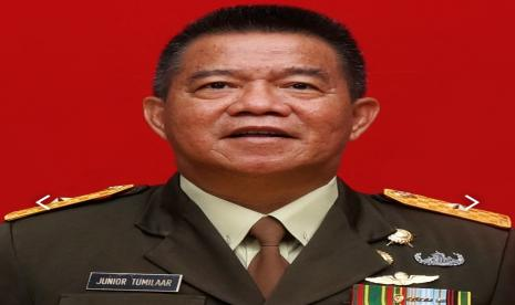 Inspektur Kodam (Irdam) Merdeka, Brigadir Jenderal (Brigjen) Junior Tumilaar.