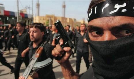 Dua Orang Amerika yang Tergabung ISIS Ditangkap