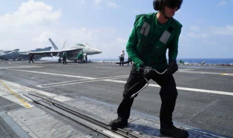 Cina Kecam Patroli Kapal Perang AS di Laut Cina Selatan
