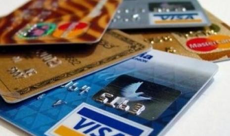 Tiga Orang Bobol Dana Bank Rp 2,5 Miliar dengan Kartu Kredit