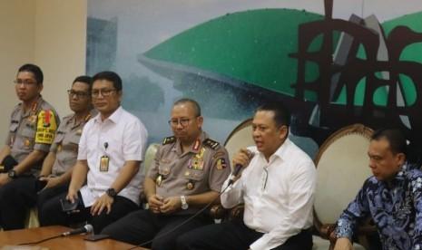 Ketua DPR Minta Kaca Gedung DPR Dilapisi Kaca FIlm