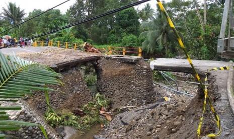 Pemerintah Gerak Cepat Perbaiki Jembatan Padang-Bukittingi